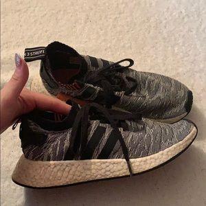 Adidas hyper boost sneakers size 8 men
